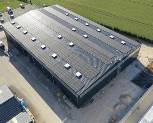 vue aérienne bâtiment industriel réalisé par GROUPE ROY ÉNERGIE