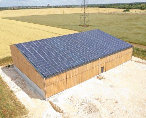 Bâtiment agricole photovoltaïque réalisé par GROUPE ROY ÉNERGIE