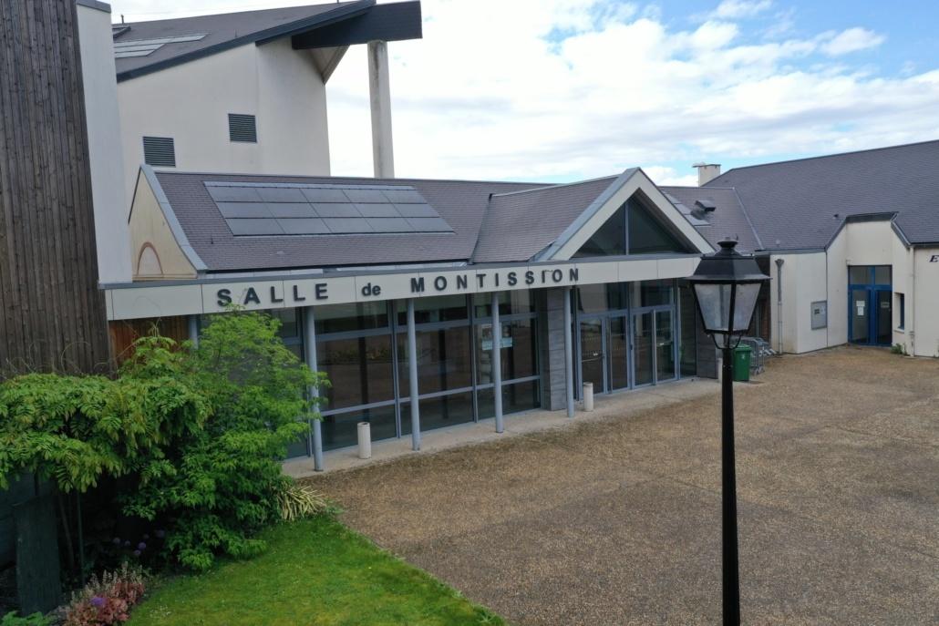 Salle des fêtes de Saint Jean le Blanc 45650 équipée de panneaux photovoltaïques par le Groupe Roy Énergie 2