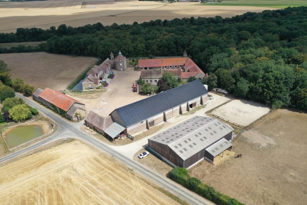 vue aérienne centrale photovoltaïque agricole en Eure et Loir