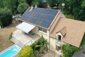 panneaux photovoltaïques sur une maison en Yvelines