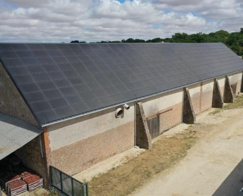 Cops de ferme agricole rénové toiture photovoltaïque GROUPE ROY ÉNERGIE