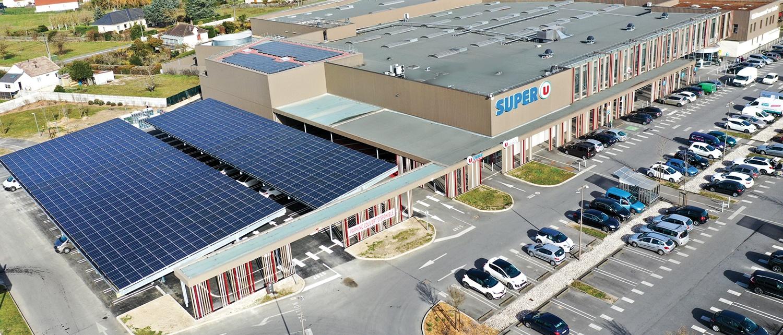 panneaux photovoltaïques toiture magasin