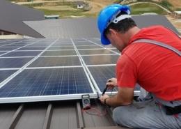 technicien photovoltaïque
